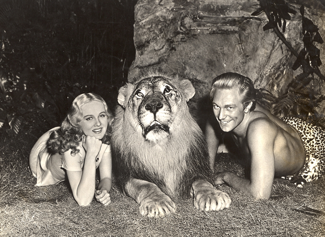 5Ричард Деннинг и Елена Гилберт SHARED звезды с Джеки LION  Helen Gilbert, Jackie the Lion and Richard Denning - 1942