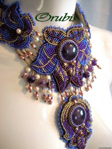 embroidered_jewellery_28