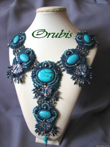 embroidered_jewellery_4