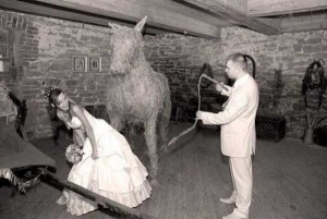 crazy-russian-wedding-pictures-11
