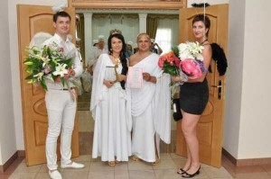 crazy-russian-wedding-pictures-37
