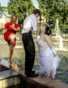 crazy-russian-wedding-pictures-44