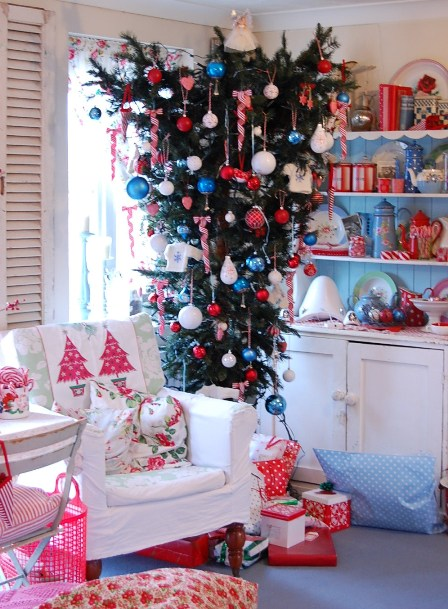 beautiful-christmas-tree-decoration10